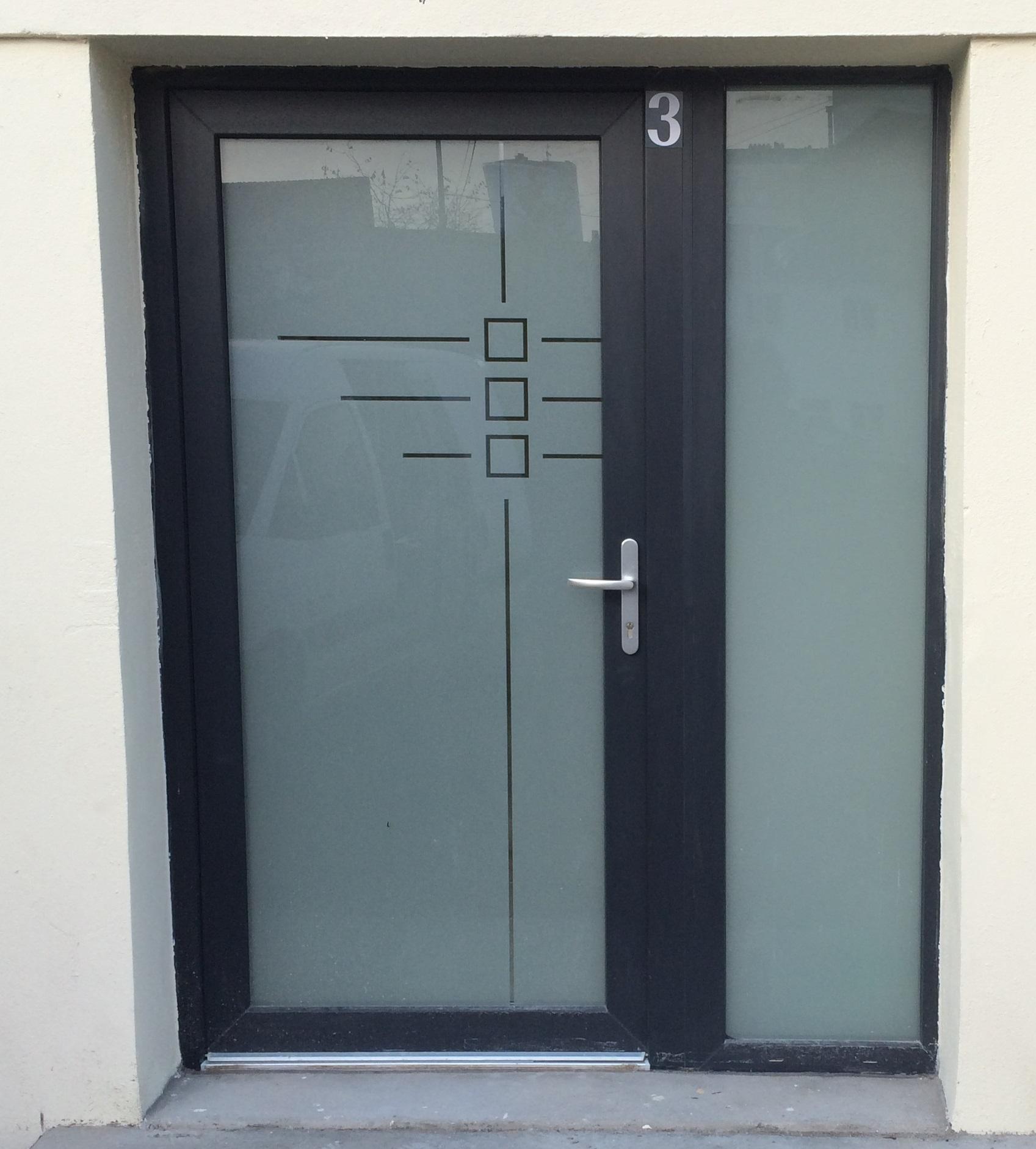 Porte azmenuiseries - Gedimat porte d entree ...